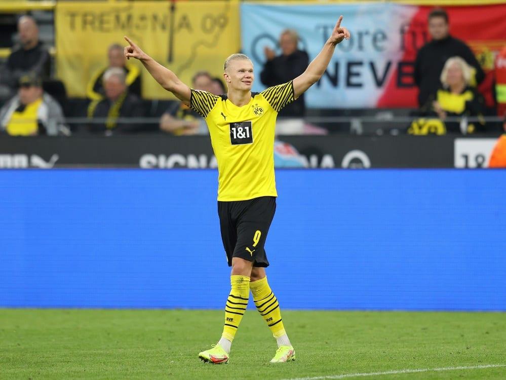 Erling Haaland schießt wieder zwei Tore. ©firo Sportphoto/SID