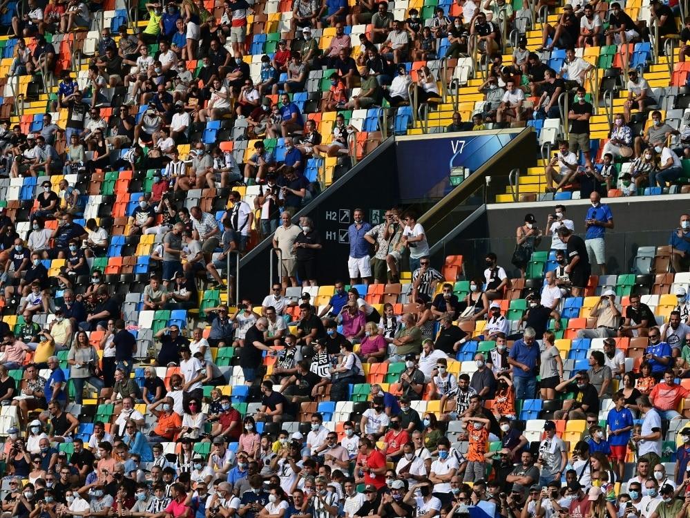 Die Serie A möchte die Stadien wieder voll besetzen. ©SID MIGUEL MEDINA