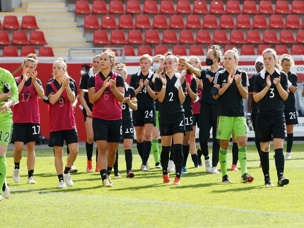 Deutsche Fußballerinnen dürfen vor 5000 Zuschauern spielen. ©FIRO/SID