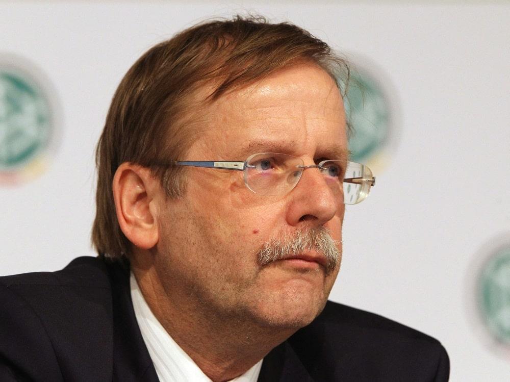 Rainer Koch äußert sich unbesorgt zur Zwischenlandung. ©SID DANIEL ROLAND