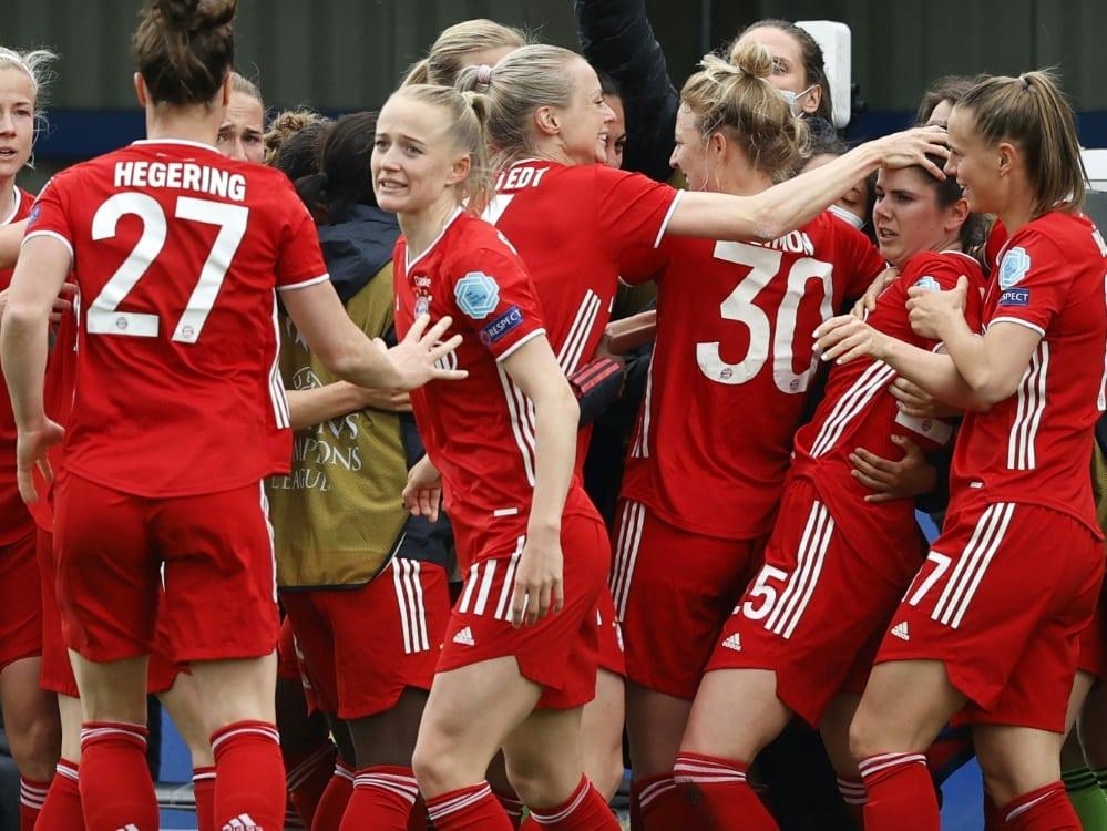 Die Bayern-Frauen gewinen souverän gegen den SC Freiburg. ©SID ADRIAN DENNIS