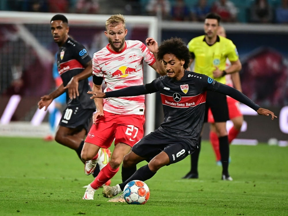 Verletzung beim VfB: Enzo Millot (r) fehlt einige Wochen. ©SID TOBIAS SCHWARZ